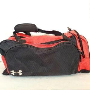 Under ARMOUR large Gym/ Duffel Bag